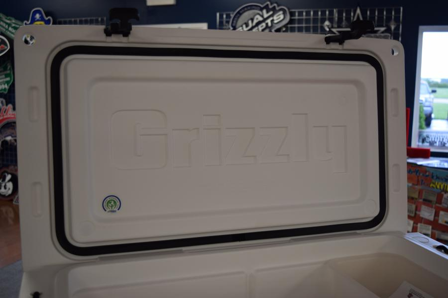 Sun Automotive Test Equipment: YETI Vs Grizzly Coolers: The X-Factor Of Premium Coolers