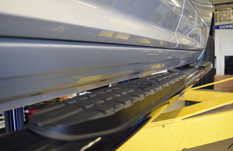 truck-steps-nerf-bars-running-boards-installation